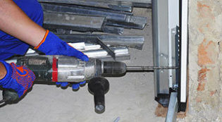 Garage Door Repairs Helotes