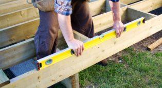 Helotes Custom Deck Builder