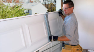 Leon Springs Garage Door Maintenance San Antonio Boerne