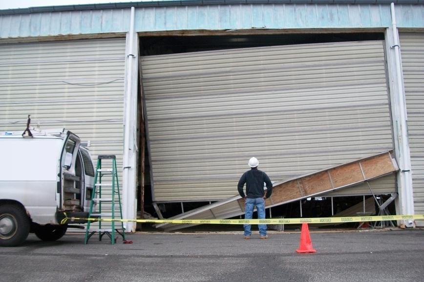 San Antonio Commercial Garage Door Repair Helotes