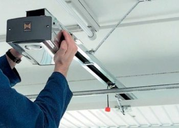 San Antonio Garage Door Opener Repair Installation Maintenance Helotes Dominion Boerne Alamo Heights